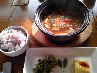 芦屋で有名?韓国料理店